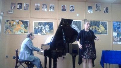 Exclusiv: Micuții pianiști de la Gorj