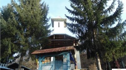 Exclusiv: Fotoreportaj de la Biserica Cireşu, Parohia Ploştina, judeţul Gorj, decembrie 2014 / Arhivă foto