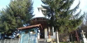 Fotoreportaj de la Parohia Ploştina, judeţul Gorj, decembrie 2014