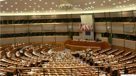 """O """"coaliție pentru o Europă a națiunilor"""" – împotriva federalizării UE!"""