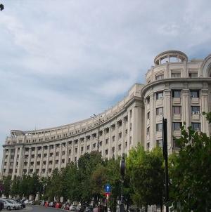 Numărul de angajați al SRI este cel mai mare raportat la populația României