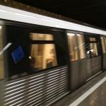 Demolarea chioșcurilor de la metrou demonstrează că proprietatea privată e sfântă…doar pentru unii