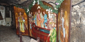 NAȘTEREA, MOARTEA ȘI ÎNVIEREA ÎN SFÂNTA SCRIPTURĂ