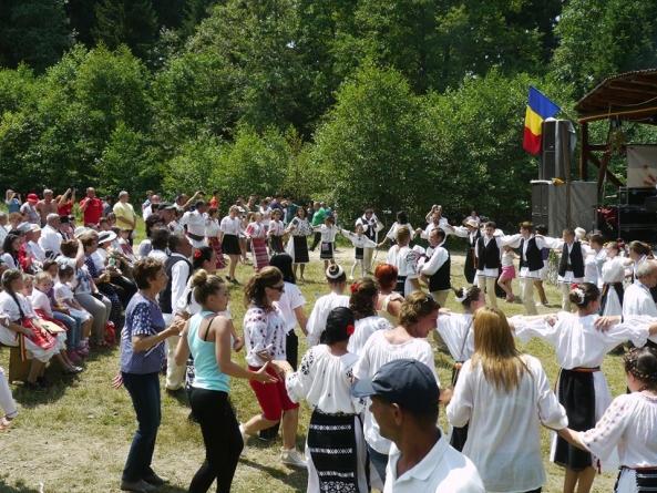 Învierea portului românesc la Doboi, Harghita, sub pavăza Arhanghelului Mihail!