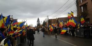 1 Decembrie 2015, o mie de steaguri tricolore. 1 Decembrie 2016, o mie de icoane ortodoxe. Pentru Harghita și Covasna.
