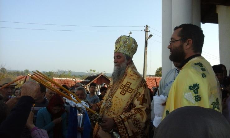 ÎPS Irineu va săvârşi Sfânta Liturghie la Mănăstirea Polovragi din Gorj