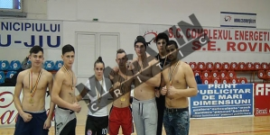 """Clubul Sportiv """"Renshi"""" reprezintă Gorjul la Cupa """"Kombat Academy"""" din Pitești!"""
