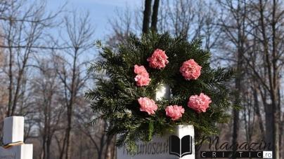În Piața Universității tinerii din 1990 au luptat și au murit pentru libertate!