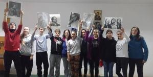 Tinerii din județul Covasna sunt uniți în jurul simbolurilor naționale!