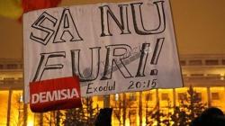 """Acum la Ministerul de Interne din București! """"Până aici ne-a adus politica urii!"""""""