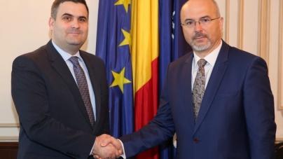 Întâlnire între ministrul apărării şi ambasadorul Poloniei la Bucureşti