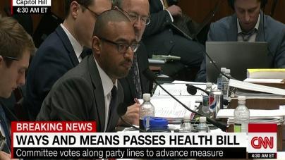 CNN: Planul GOP de îngrijire a sănătății depășește primul obstacol, dezbaterea continuă în comisie!