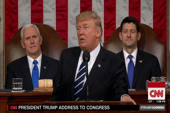 Trump consideră că are puterea să-l concedieze pe procurorul special Mueller, susține Casa Albă!
