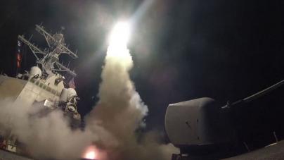 Siria a fost lovită de rachete Tomahawk lansate de SUA