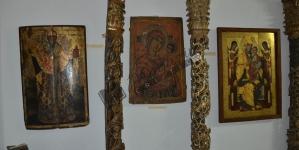 Lumina Adevărului, de Mihai-Andrei Aldea. (XVIII) Icoanele şi chipurile cioplite