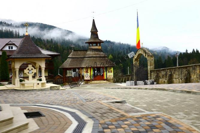 Astăzi la Mănăstirea Paltin Petru Vodă! Tabără de Reînviere a Virtuților Strămoșești!