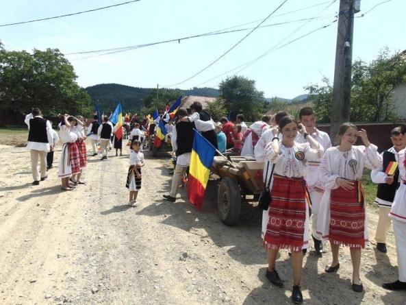 Românii din Zăbala au fost la București, acum vin bucureștenii la ei!