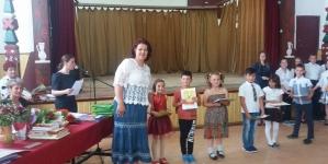 Doi poeți își dau mâna peste Carpați pentru copiii români din Ozun, jud. Covasna, pentru ca acești românași să îmbrace costumul popular românesc!