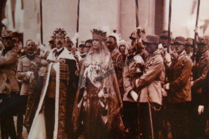 """Un început spre """"normalitate"""" a """"statului degeaba""""! Banca Naţională a României a introdus în circuitul numismatic o bancnotă cu chipurile Regelui Ferdinand şi Reginei Maria"""