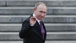 Putin ordonă suspendarea comerţului în dolari americani în porturile maritime ruseşti