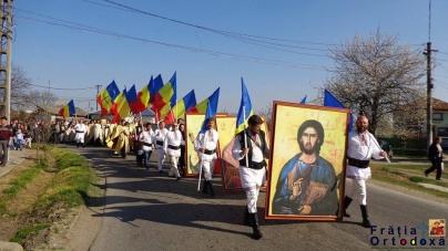 Grup de români din Târgu-Secuiesc, prezenți la Marșul Colindătorilor din Brașov!