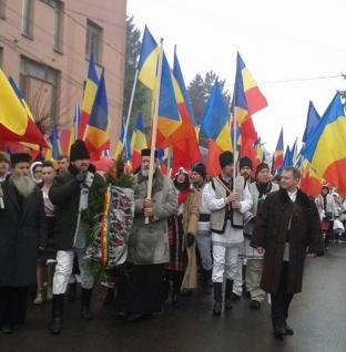 PROTEST în fața Primăriei din Sfântu-Gheorghe!
