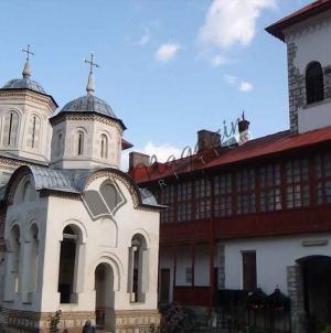Un scurt documentar audio/video despre Sfânta Mănăstire Arnota