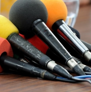 COMUNICAT DE PRESĂ privind exprimarea în spațiul public a opiniilor Coaliției Pentru Familie și Comitetul de inițiativă cetățenească