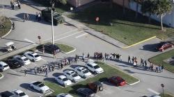 Atac armat într-un liceu din Florida