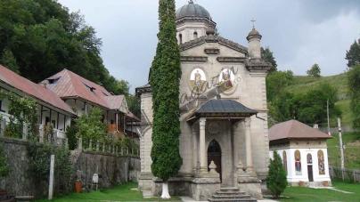 Scurt documentar audio/video despre Mănăstirea Stânișoara, județul Vâlcea