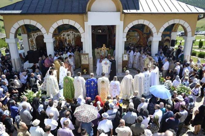 Preoții ortodocși din Covasna și Harghita țin Neamul nostru viu în Curbura Arcului Intracarpatic!