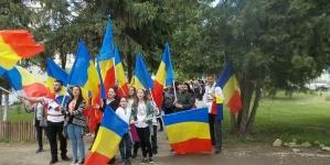 Daţi-le un Steag şi vor urni o Țară!