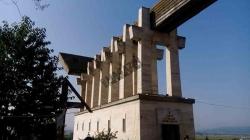 """Minunile de la Aiud! Rugăciunile sfinţilor din """"Râpa Robilor"""" se înalţă pentru români până la Cer"""