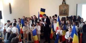 Avem certitudini, avem idealuri, avem vise pe care le trăim în văzduhul Neamului Românesc.