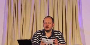 Adrian Papahagi: Principalul drept politic este de a alege și de a fi ales
