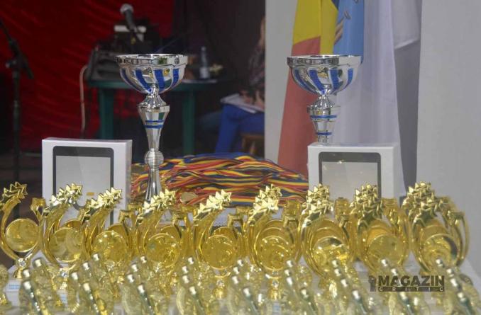 "Gala premiilor ""Euro Education"" – online pe MAGAZIN CRITIC!"