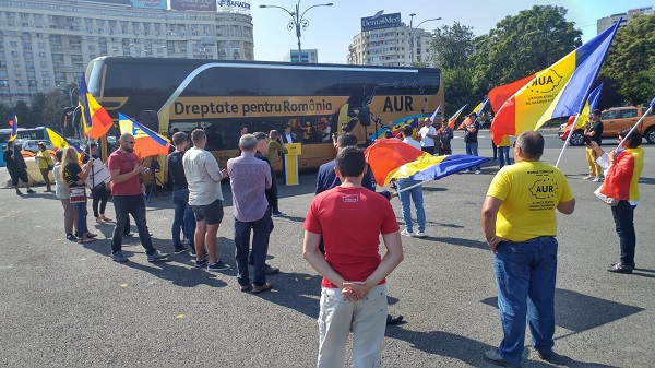 Protestatarii din Piața Victoriei, primiți miercuri de Orban