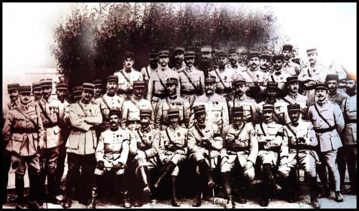 La 16 octombrie 1916 a sosit în România Misiunea Militară Franceză, condusă de generalul Henri Mathias Berthelot