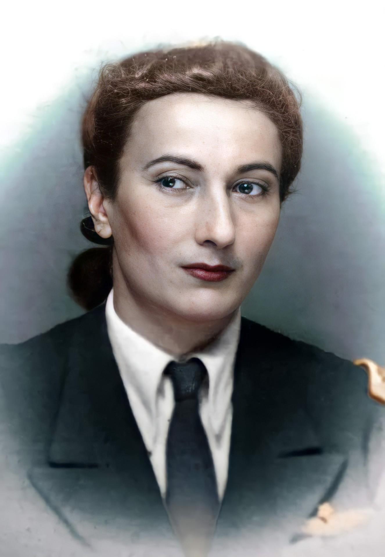 Escadrila albă. 113 ani de la nașterea aviatoarei Virginia Duțescu